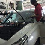 Đào tạo dán phim cách nhiệt cho xe ô tô