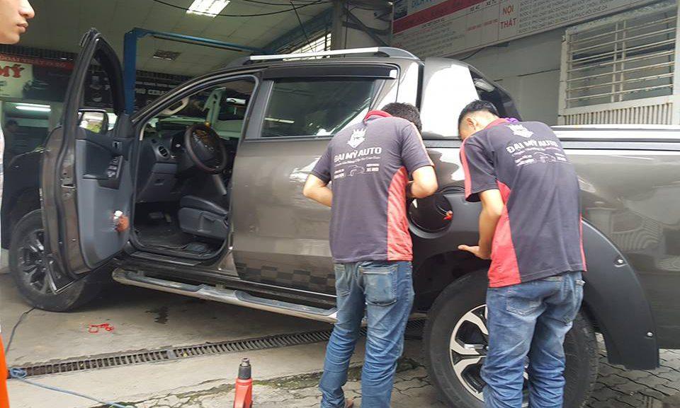 """Chăm sóc nội thất ô tô tại Đà Nẵng, bảo dưỡng xe hơi """"chuẩn"""""""