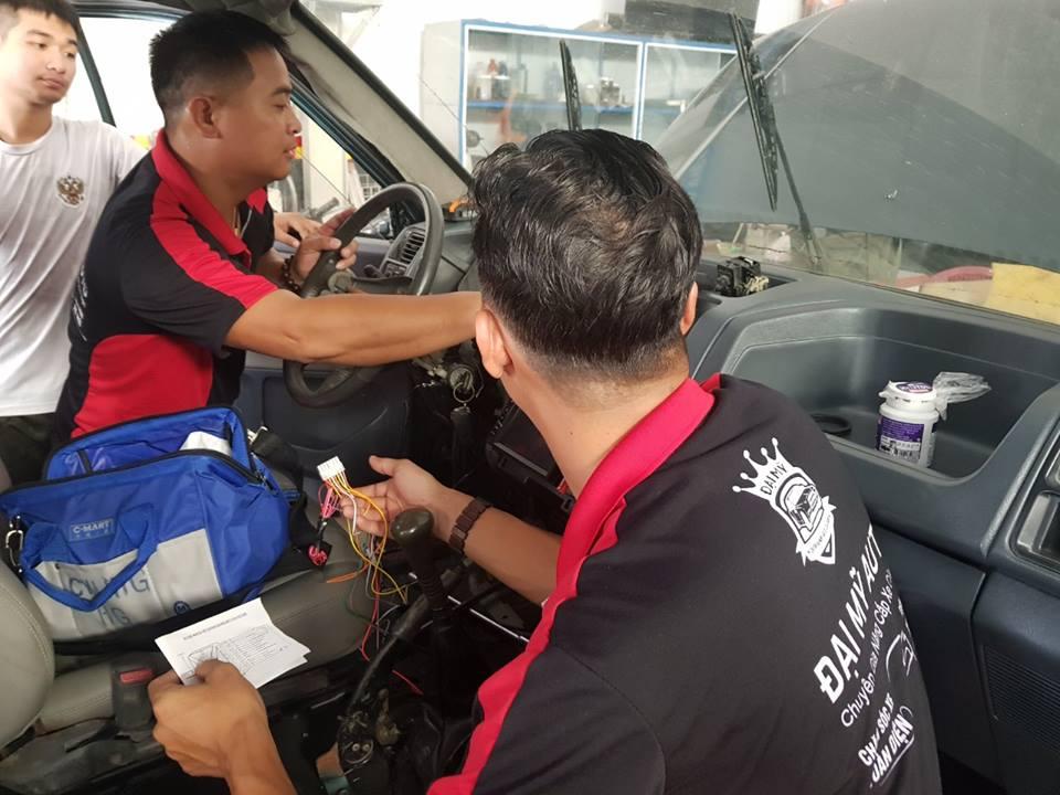 Tìm hiểu các bước dạy độ xe nâng cấp dàn âm thanh cho xe hơi
