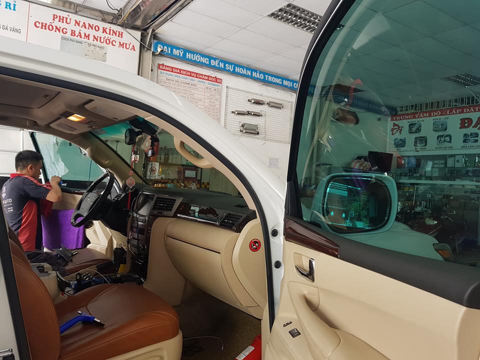 Điểm tên trung tâm đào tạo chăm sóc xe hơi cam kết việc làm