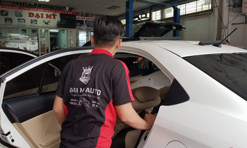 Tiết lộ trung tâm dạy bọc ghế da ô tô chuyên nghiệp từ A - Z