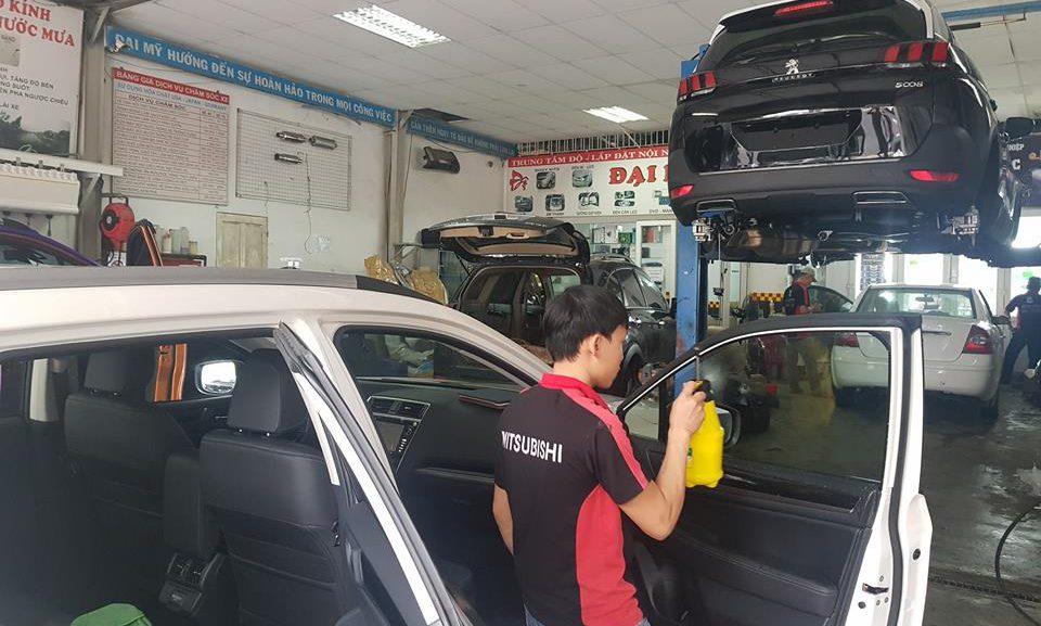 Đào tạo chăm sóc xe hơi chuyên nghiệp, ra trường đi làm ngay