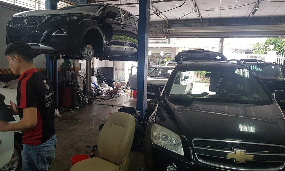 Trung tâm đào tạo chăm sóc xe hơi dạy học nghề chuyên nghiệp